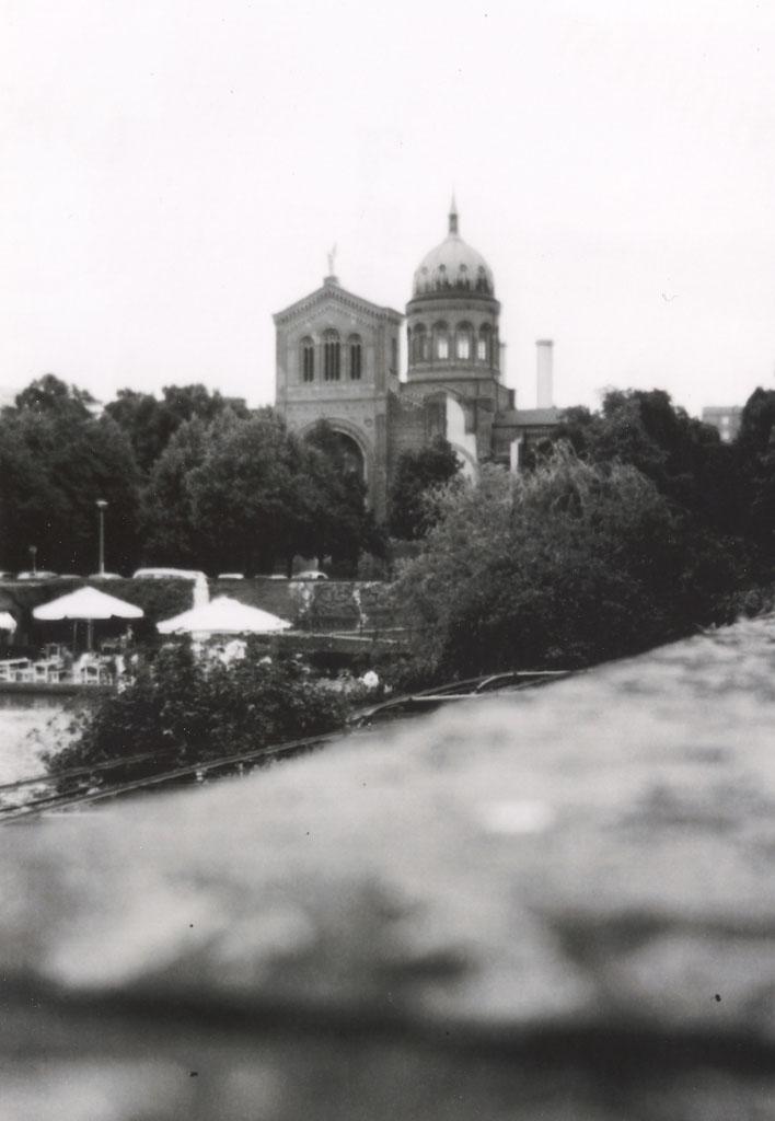 Blick über das Engelbecken in Kreuzberg