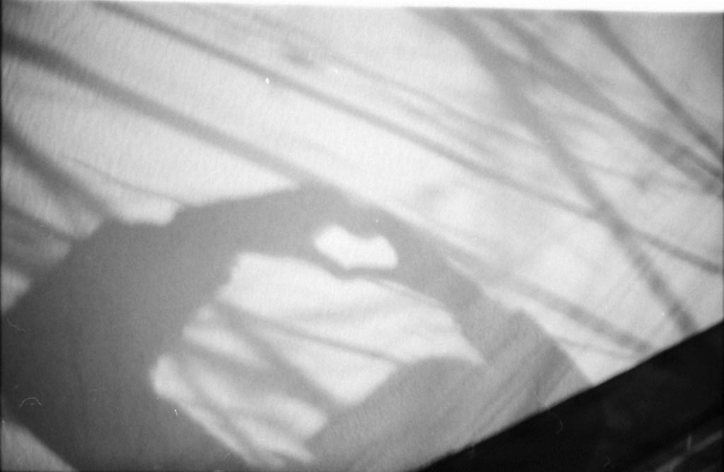 Schwarz weiß Foto Handherz