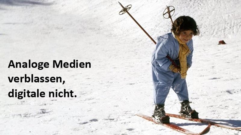 Scan Corner Titelbild Junge auf Skiern
