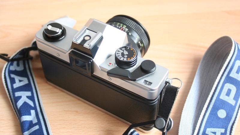 Diese Praktica MTL 50 ist z.b. eine sehr gute Kamera für den Einstieg in die analoge Fotografie!