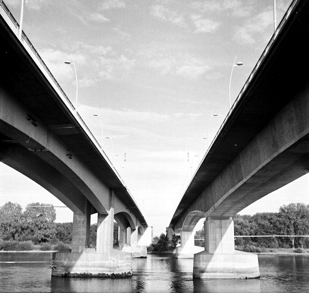 Brücken zu Worms - ein gutes Beispiel für führende Linien!