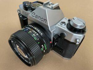 Canon AE-1 Program rechte Seite